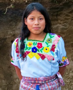 Guatemalan woman who learned from Hilda to embroider